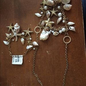 Shell bracelet and necklace package